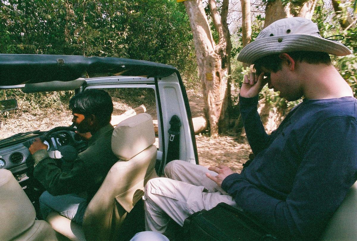 Gab dans la Jeep