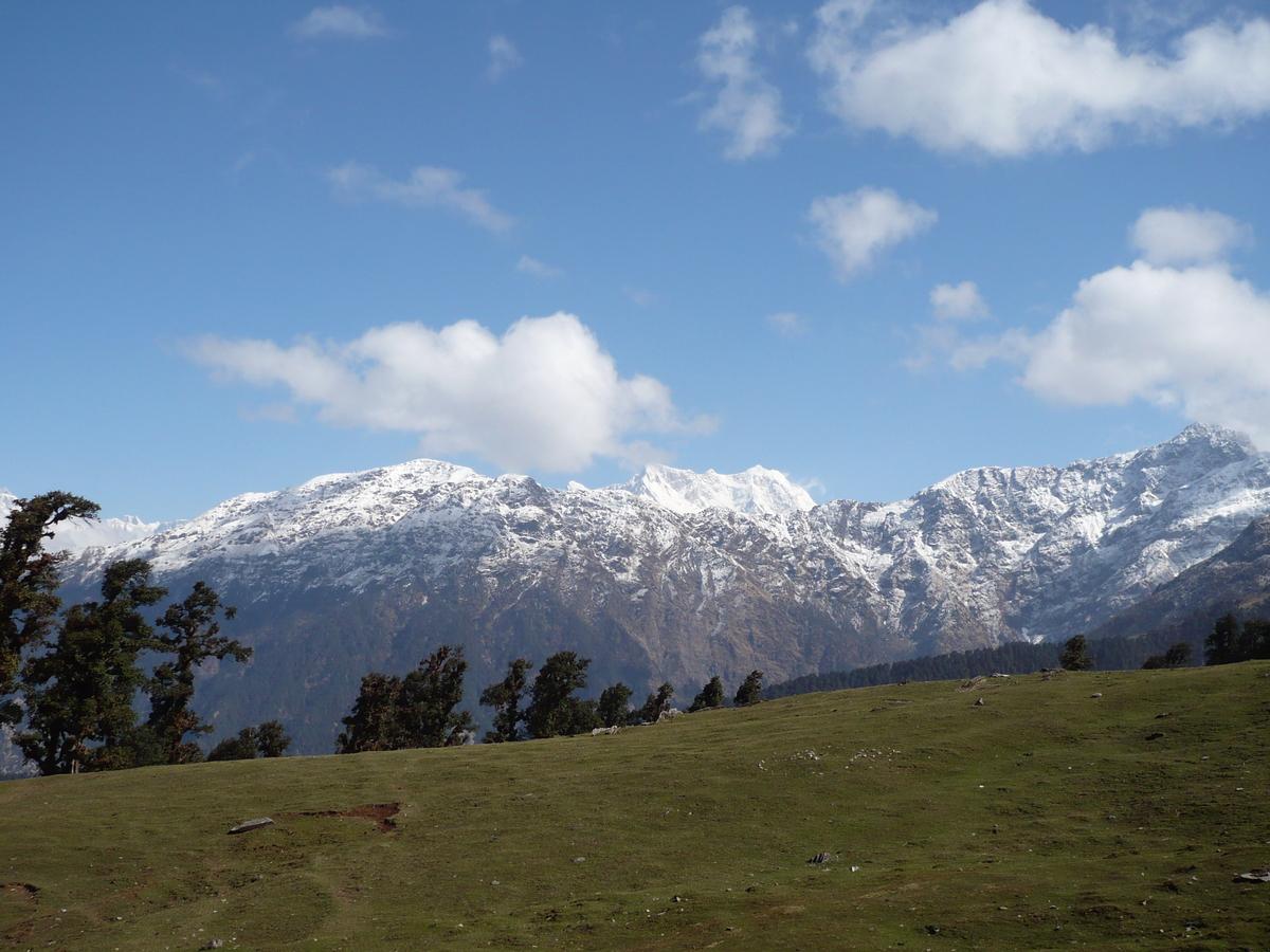 Vue sur les montagnes alentour (1)